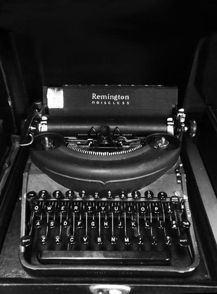 Remington Noiseless Typewriter. Model 7.